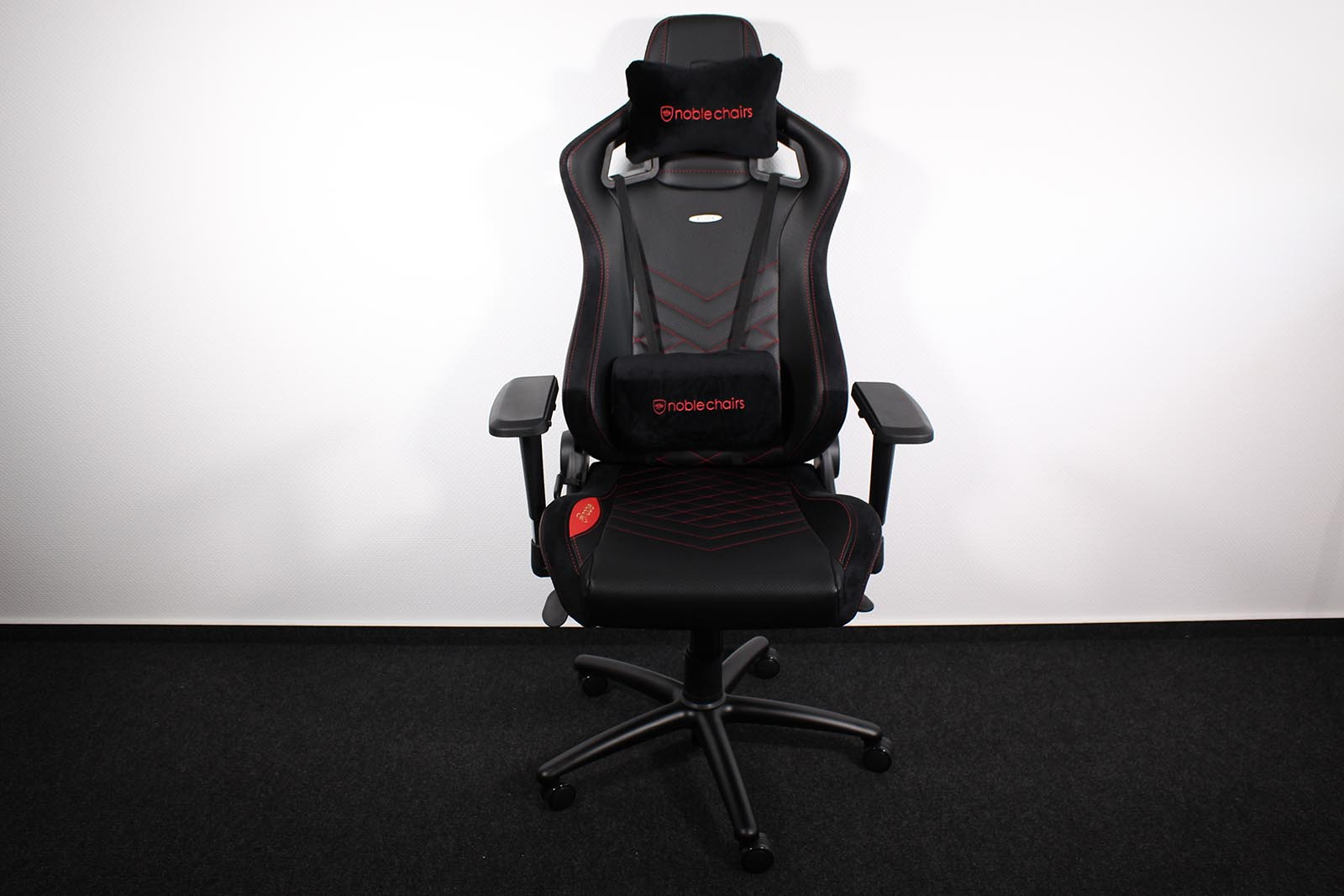 Test Noblechairs Epic Gaming Stuhl Allround PC