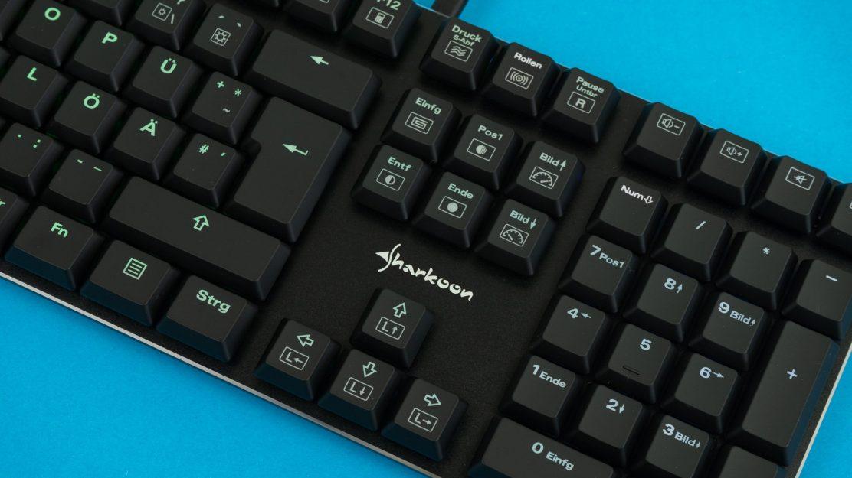 Sharkoon PureWriter RGB Tasten nah