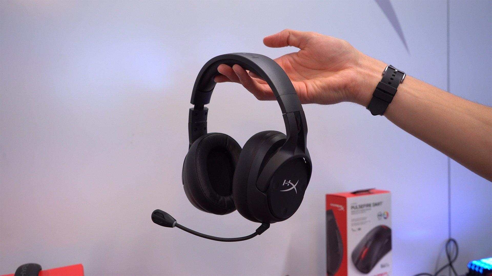 hyperx zeigt neue gaming headsets und kabellos ladbare. Black Bedroom Furniture Sets. Home Design Ideas
