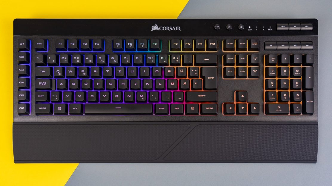 Corsair-K57-RGB-Wireless-Slipstream-Keyboard-1